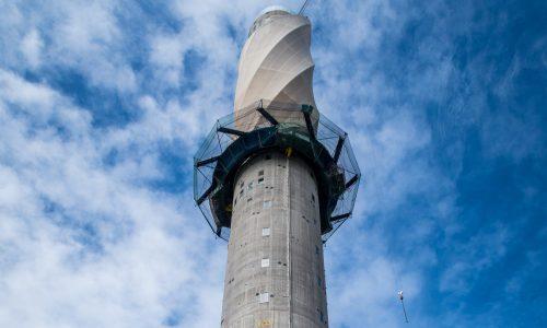 Un fissaggio spettacolare. La Torre di collaudo Thyssenkrupp a Rottweil